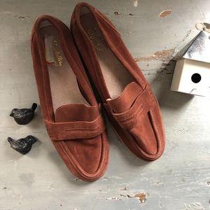 Seychelles Weekenders Cognac Suede Loafers 10